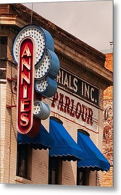Annies U Of M Metal Print by Susan Stone