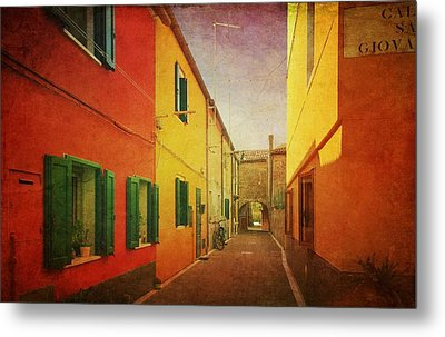 Metal Print featuring the photograph Another Morning In Malamocco by Anne Kotan