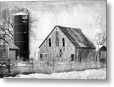 Antique Barn And Silo Metal Print by Kathy M Krause
