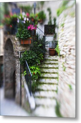 Archway And Stairs Metal Print by Marilyn Hunt