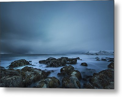 Arctic Coast Metal Print by Frank Olsen