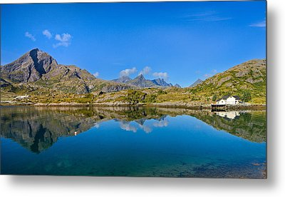 Metal Print featuring the photograph Arctic Reflections by Maciej Markiewicz