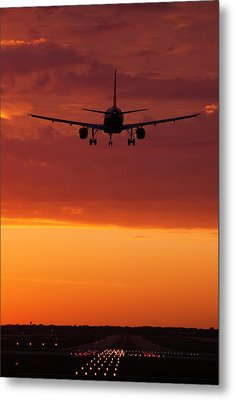 Arriving At Day's End Metal Print by Andrew Soundarajan