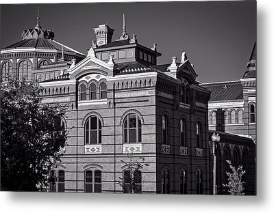 Arts And Industries Building In Black And White Metal Print