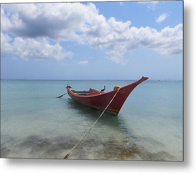 Metal Print featuring the photograph Aruba by Jean Marie Maggi