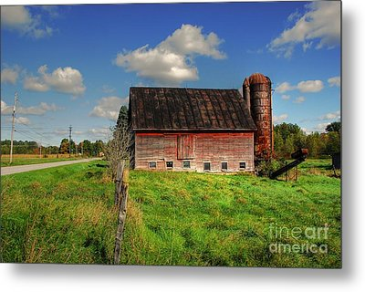 Ashtabula County Barn Metal Print by Tony  Bazidlo