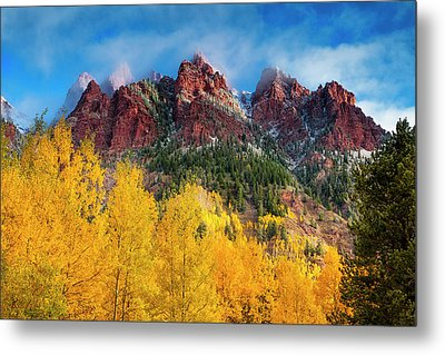 Metal Print featuring the photograph Aspen Morning by Andrew Soundarajan