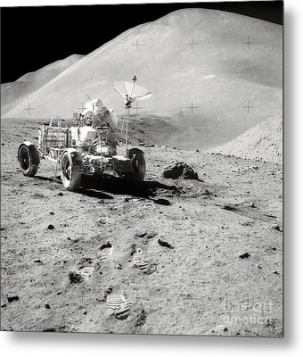 Astronaut Works At The Lunar Roving Metal Print by Stocktrek Images