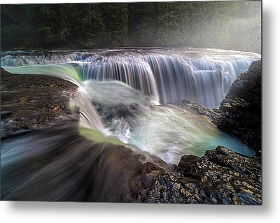 At The Top Of Lower Lewis River Falls Metal Print by David Gn