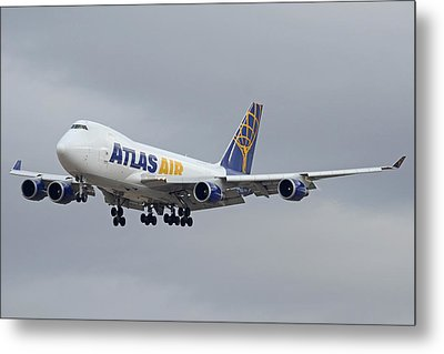 Atlas Air Boeing 747-47uf N415mc Phoenix Sky Harbor December 23 2015  Metal Print by Brian Lockett