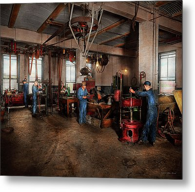 Metal Print featuring the photograph Autobody - The Bodyshop 1916 by Mike Savad