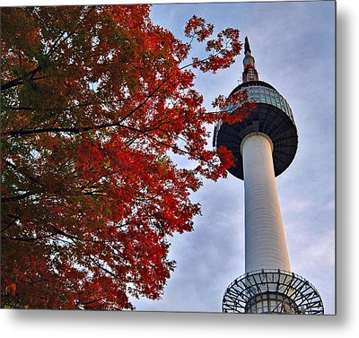 Autumn In Seoul Metal Print by Ng Hock How