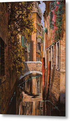 autunno a Venezia Metal Print by Guido Borelli