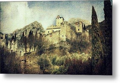 Avio Castle Metal Print by Vittorio Chiampan