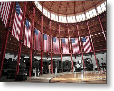 B And O Museum Roundhouse In Baltimore Maryland Metal Print by William Kuta