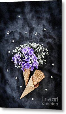 Metal Print featuring the photograph Baby's Breath And Violets Ice Cream Cones by Stephanie Frey