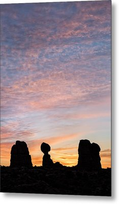 Balanced Rock At Sunrise Metal Print