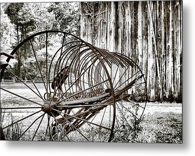 Bale The Hay Metal Print by Greg Sharpe