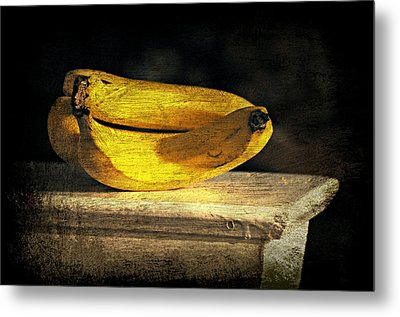 Metal Print featuring the photograph Bananas Pedestal by Diana Angstadt