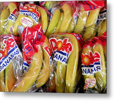 Bananas For Sale At The Market Metal Print by Lanjee Chee