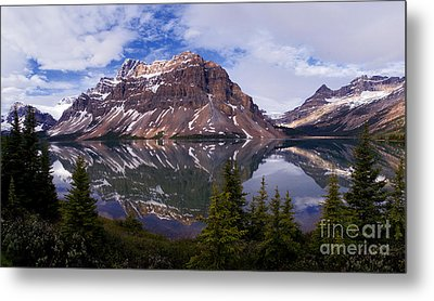 Banff - Bow Lake Metal Print by Terry Elniski