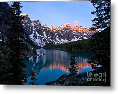 Banff - Moraine Lake Sunrise Metal Print by Terry Elniski