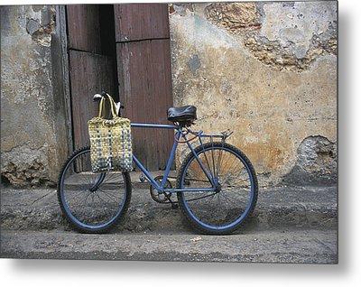 Baracoa Bicycle Metal Print