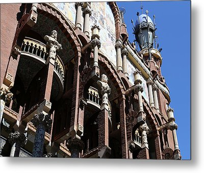 Metal Print featuring the photograph Barcelona 4 by Andrew Fare