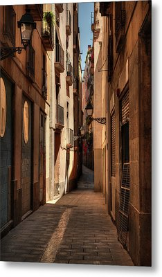 Metal Print featuring the photograph Barcelona - Gothic Quarter 004 by Lance Vaughn