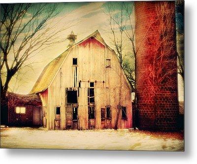 Barn For Sale Metal Print by Julie Hamilton