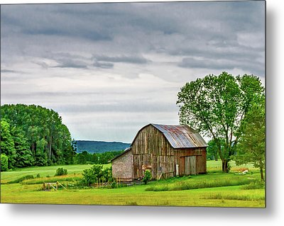 Metal Print featuring the photograph Barn In Bliss Township by Bill Gallagher
