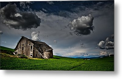 Barn No.1 Metal Print by Niels Nielsen