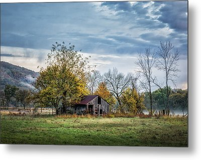 Barn On A Misty Morning Metal Print