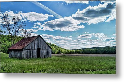 Metal Print featuring the photograph Barn On Cedar Creek Bottoms by Cricket Hackmann