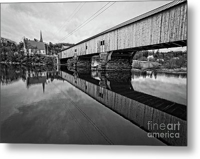Bath Covered Bridge New Hampshire Black And White Metal Print by Edward Fielding