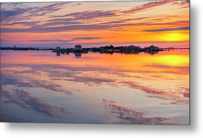 Bay Sunrise Metal Print by Mike Lang