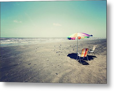 Beach Day Metal Print by Trish Mistric