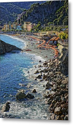 Beach Monterosso Italy Dsc02467 Metal Print by Greg Kluempers