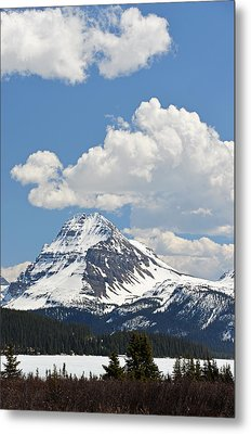 Beautiful Bow Lake Metal Print