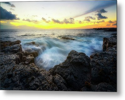 Metal Print featuring the photograph Beautiful Ending by Ryan Manuel