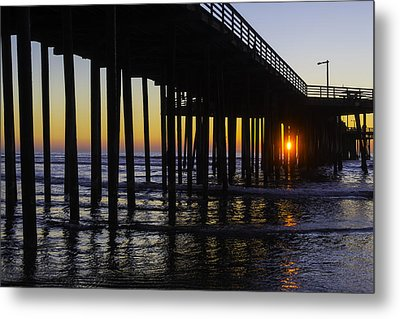 Beautiful Pismo Beach Sunset Metal Print by Garry Gay
