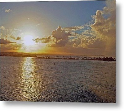 Metal Print featuring the photograph Beautiful Sunset by Gary Wonning
