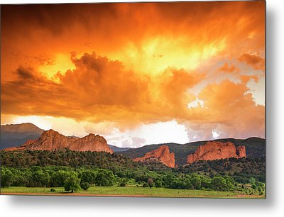 Metal Print featuring the photograph Beautiful Sunset by Tim Reaves