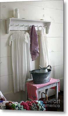 Bedtime Washup Metal Print