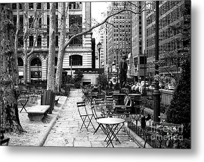 Before The Crowds At Bryant Park Metal Print by John Rizzuto