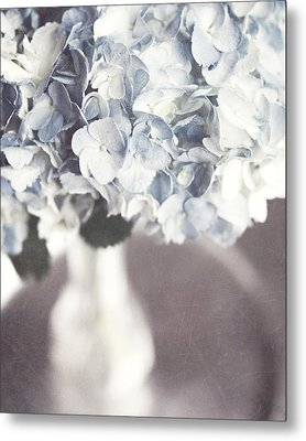 Bella Donna Metal Print by Lisa Russo