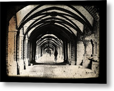 Berlin Arches Metal Print by Andrew Paranavitana