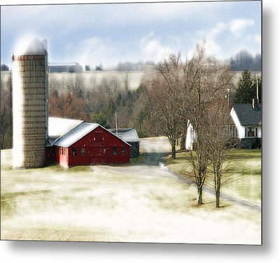 Bethel Barn Metal Print by Tom Romeo
