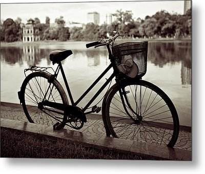 Bicycle By The Lake Metal Print by Dave Bowman