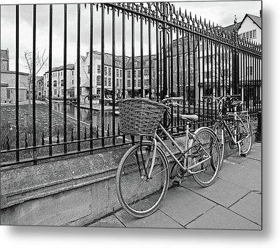 Metal Print featuring the photograph Bicycles On Magdalene Bridge Cambridge In Black And White by Gill Billington